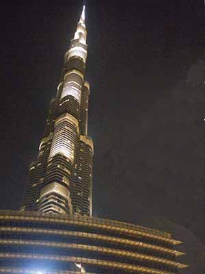 Dubai burj khalifa by night