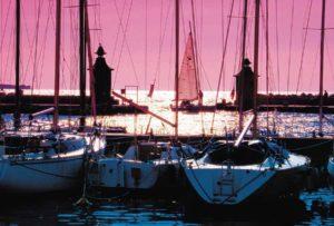 boats sail sea pinksky