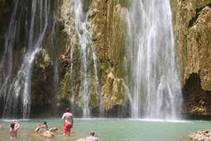 boy jumps waterfall_5703