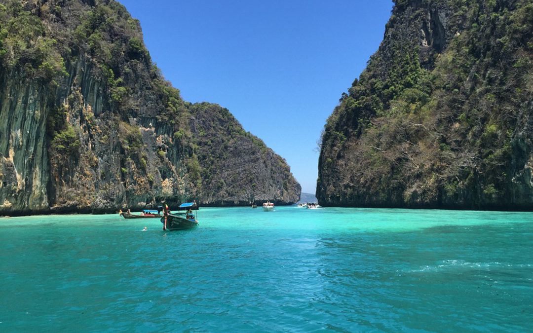 Thailand doubles fee for visa on arrival
