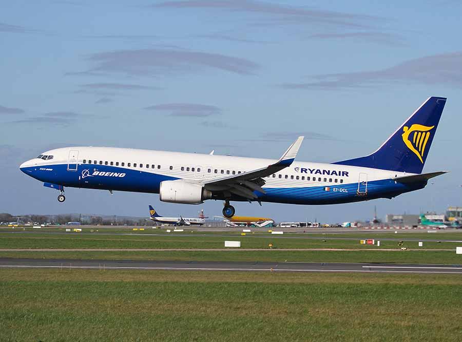Ryanair's 450th Boeing 737 arrives in Dublin, bringing fleet to 380