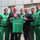 Warren Deutrom, CEO of Cricket Ireland, and Hasan Mutlu, Turkish Airlines, with members of the Irish cricket team