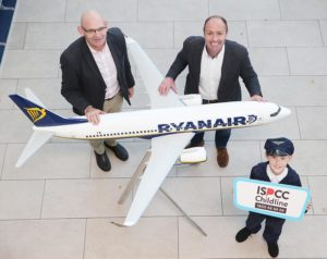 John Church, CEO, ISPCC; Kenny Jacobs, Chief Marketing Officer, Ryanair; Philip Stafford (10), Scoil an Duinnínigh, Drynam, Swords. Photo: Leon Farrell/Photocall Ireland