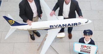 John Church, CEO, ISPCC; Kenny Jacobs, Chief Marketing Officer, Ryanair; Philip Stafford (10), Scoil an Duinnínigh, Drynam, Swords. Photo: Leon Farrell/Photocall Ireland