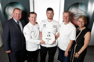 Shane Flynn, Managing Director of Food Services Ireland, Derek Reilly, Aramark Ireland Culinary Director, Chapter One's Ross Lewis and Carolyn Hails, Marketing Director, Aramark Northern Europe presenting the Aramark Chef of the Year 2019 award to Oran Colhoun (centre), Head Chef of Visitor Catering at the Guinness Storehouse. Picture Conor McCabe Photography. MEDIA CONTACT : sarah@mkc.ie